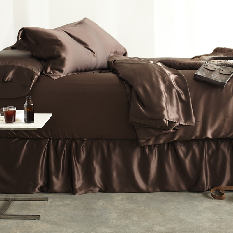 The Best Amp Most Luxurious Silk Pillowcases For Hair Amp Skin